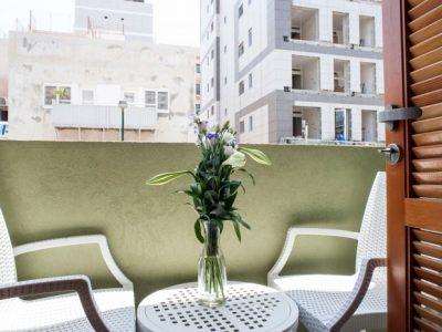 Luxury Balcony Studio | Residence Suites