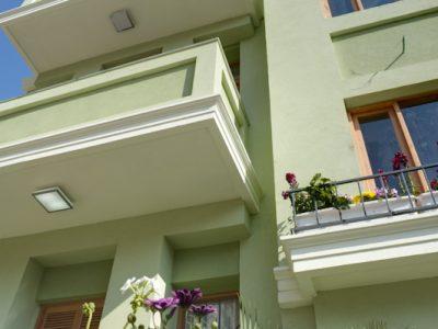 liber yonahanavi web 0181 400x300 Luxury Balcony Studio