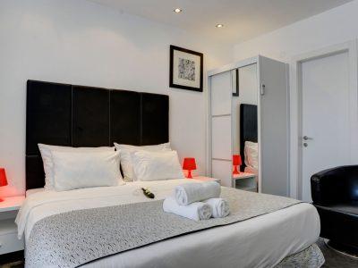 raphael hotels session1 geula 001 400x300 Rooftop Studio