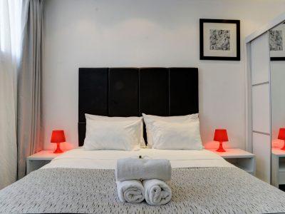 raphael hotels session1 geula 002 400x300 Rooftop Studio