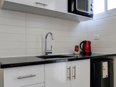 raphael hotels session1 geula 007 400x300 Rooftop Studio