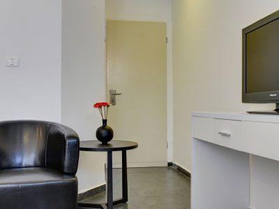 raphael hotels session1 geula 008 400x300 Rooftop Studio