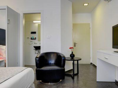 raphael hotels session1 geula 009 400x300 Rooftop Studio