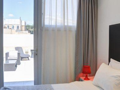 raphael hotels session1 geula 011 400x300 Rooftop Studio