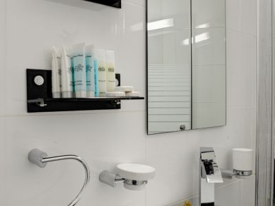 raphael hotels session1 geula 012 400x300 Rooftop Studio