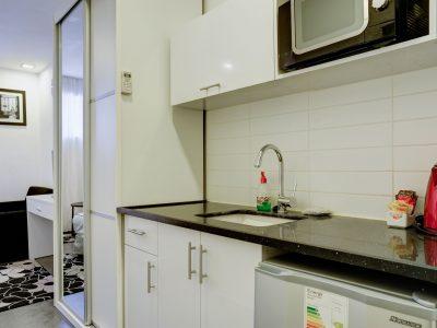 raphael hotels session2 025 400x300 Comfort Studio