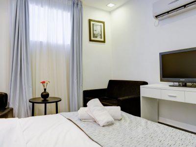 raphael hotels session2 026 400x300 Comfort Studio