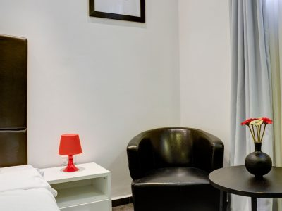 raphael hotels session2 028 400x300 Spacious Two Bedroom Apartment