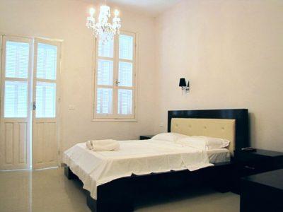 Studio2 HaYarkon43 Bedroom3 400x300 Extra Deluxe Studio