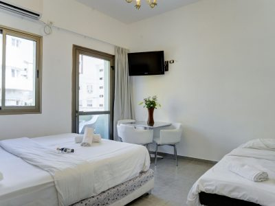 rafael hotels 2013 223 1 400x300 One Bedroom Apartments 33