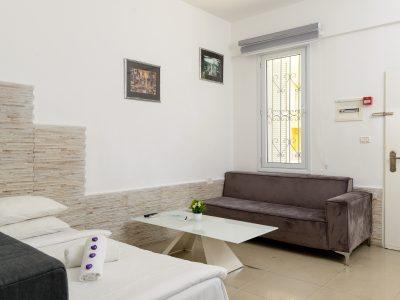 rafaelHotels room41 001 400x300 One Bedroom