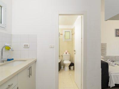 rafaelHotels room41 010 400x300 One Bedroom