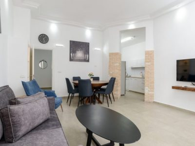 raphael hotels 47 005 700x467 400x300 Deluxe Two Bedroom Apartments