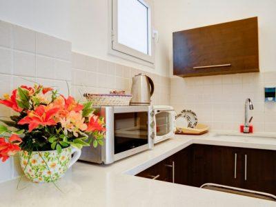 raphaelhotels 385 700x466 400x300 Deluxe One Bedroom Apartments